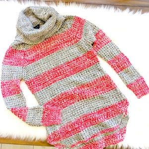 RUE 21 RED WHITE & GRAY KNIT TURTLENECK SWEATER S